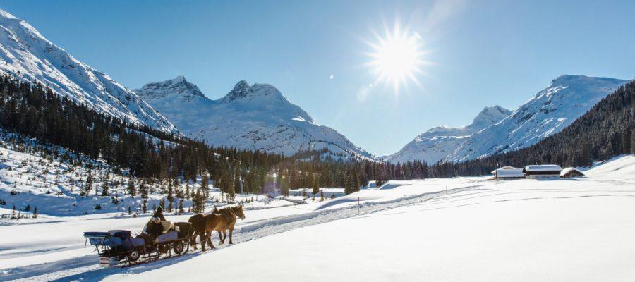 Winter_Lech-Zuers-Tourismus_by_ChristophSchoech_4.jpg